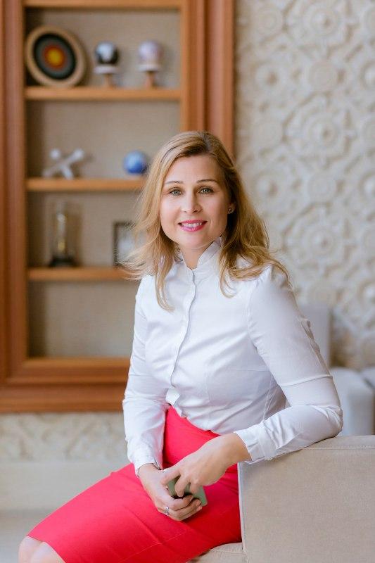 Dr. Illés Nóra - Nők a Neten